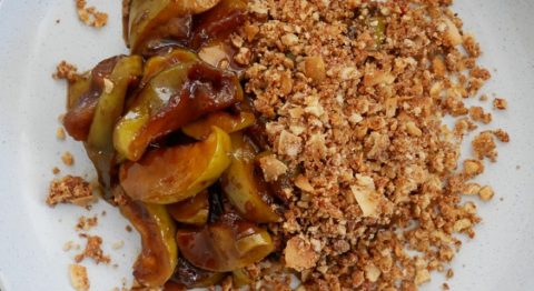 go_natural_foods_miso_apple_crumble