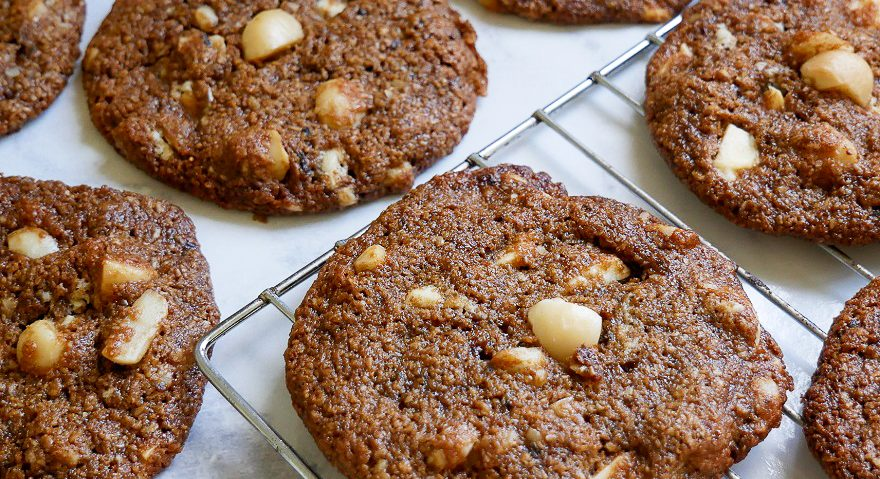 Oat Choc Maca Cookies